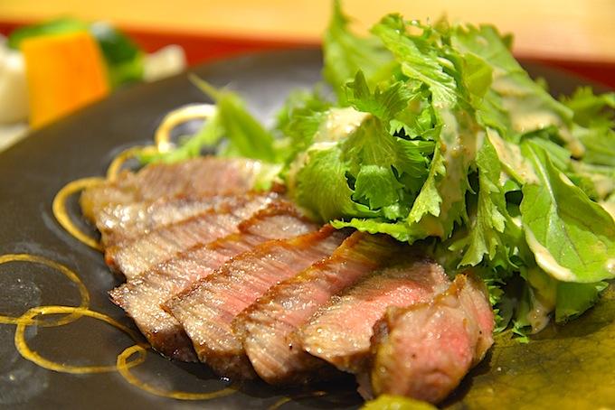 鈴花さんの「信州牛サーロインステーキ膳」